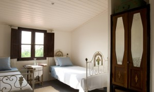 One of four bedrooms at Casa da Dina B&B.